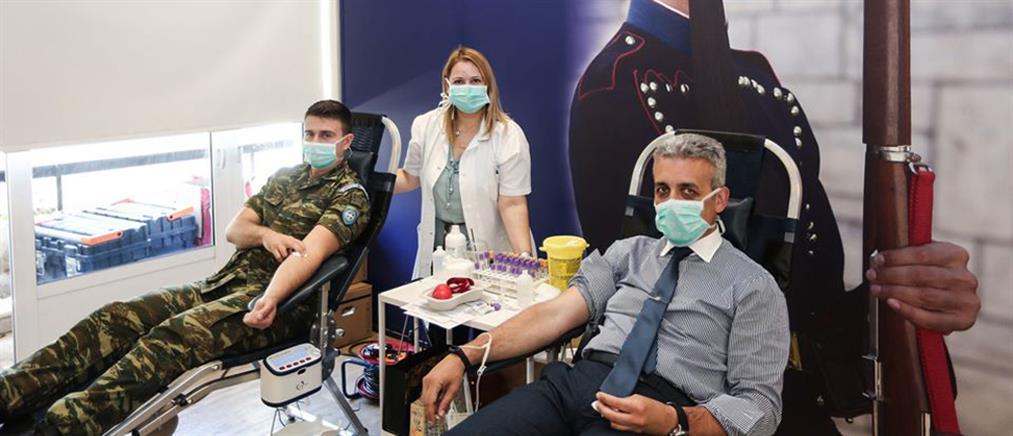 Εθελοντική αιμοδοσία στο Προεδρικό Μέγαρο – Το μήνυμα της Σακελλαροπούλου