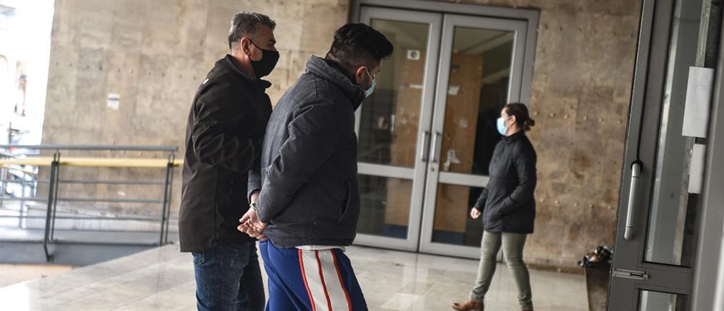 Εισαγγελική παρέμβαση για την επίθεση σε προσφυγόπουλα