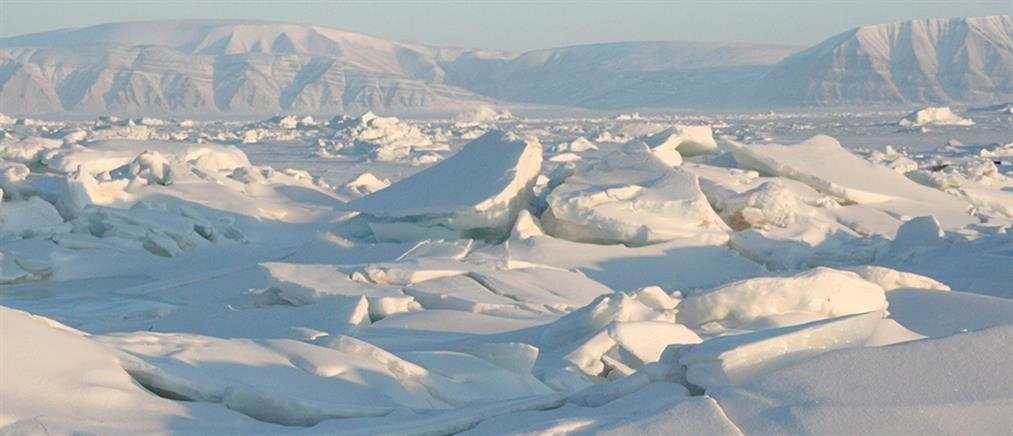 SOS: Λιώνουν επικίνδυνα οι πάγοι στην Αρκτική