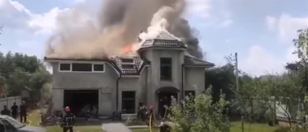 Ουκρανία: Τραγωδία με συντριβή αεροσκάφους σε σπίτι (βίντεο)