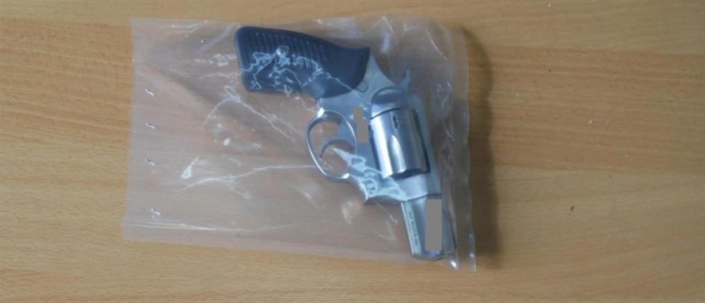 To όπλο από την σφαίρα του οποίου χτυπήθηκε η 8χρονη Αλεξία (εικόνες)