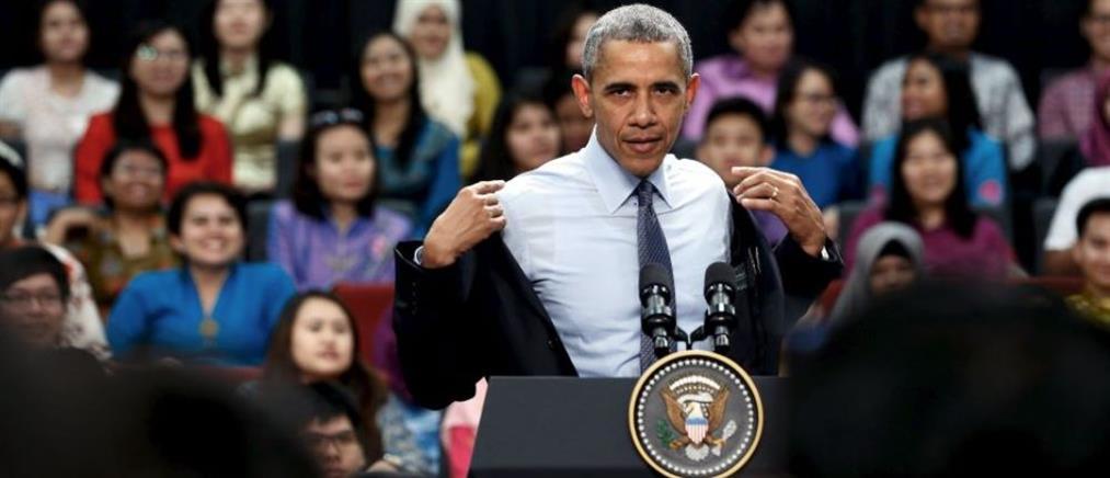 Ομπάμα: Άσπρισαν τα μαλλιά μου στον Λευκό Οίκο!