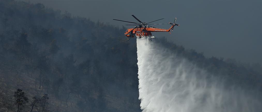 Βελτιώνεται η εικόνα των πυρκαγιών σε Κορινθία και Ηλεία