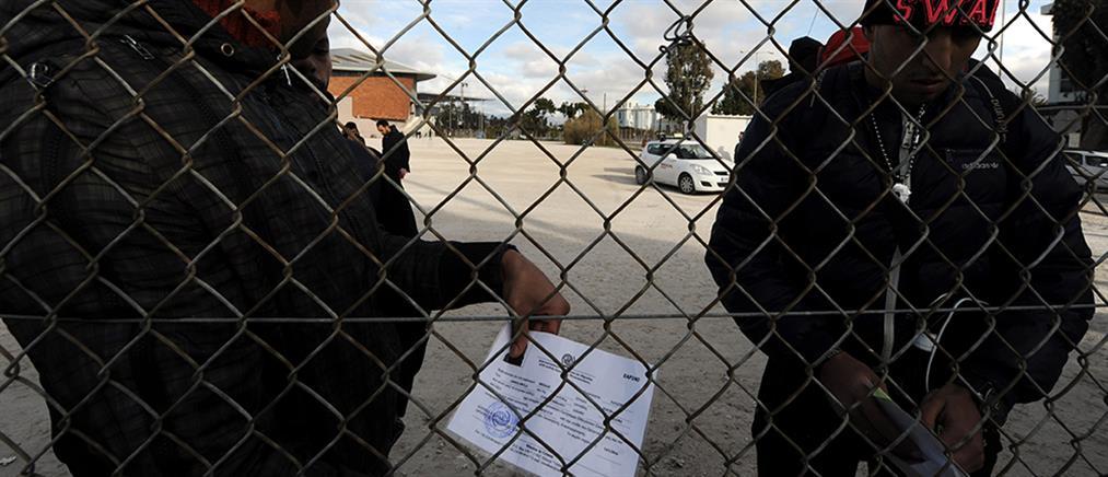 """Μεταναστευτικό: στον """"αέρα"""" οι αποφάσεις για τα κλειστά κέντρα κράτησης"""