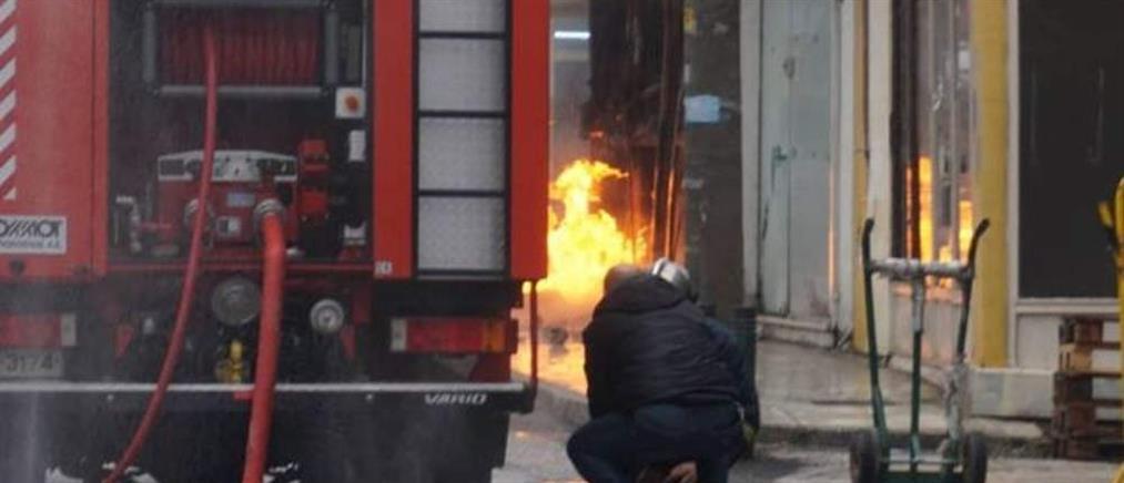 Πανικός στην Κομοτηνή από εκρήξεις σε κατάστημα φιαλών υγραερίου (εικόνες)