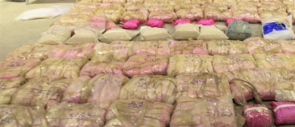 Είχαν κρύψει 400 κιλά ηρωίνης μέσα σε πετσέτες και μπουρνούζια