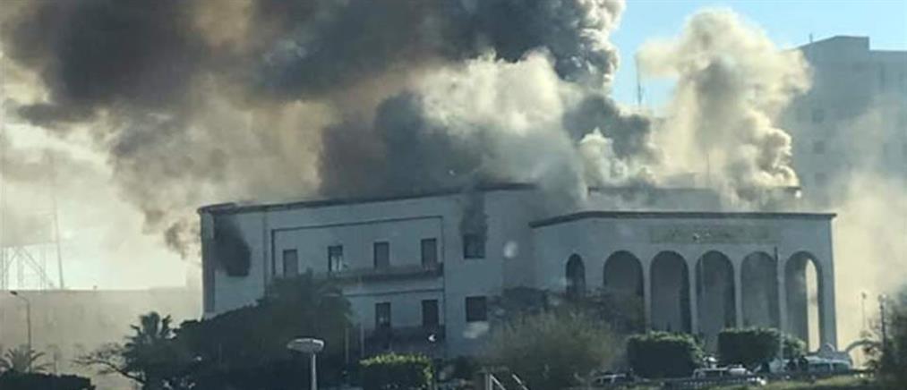 Αεροπορικές επιδρομές στην Τρίπολη της Λιβύης