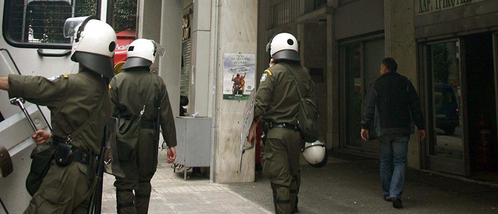 Σπύρου Τρικούπη: Επίθεση στη διμοιρία των ΜΑΤ