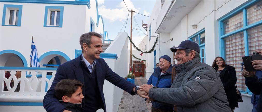 Σαντορινιός: μόνο για φωτογραφίες πήγε στην Κάσο ο Μητσοτάκης