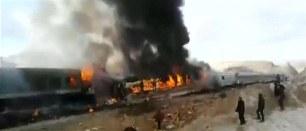 Διάσωση εγκλωβισμένων επιβατών από φλεγόμενα τρένα! (βίντεο)