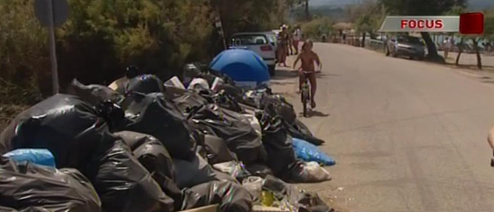 """""""Αγώνας δρόμου"""" από την Κυβέρνηση για το χάλι με τα σκουπίδια (βίντεο)"""