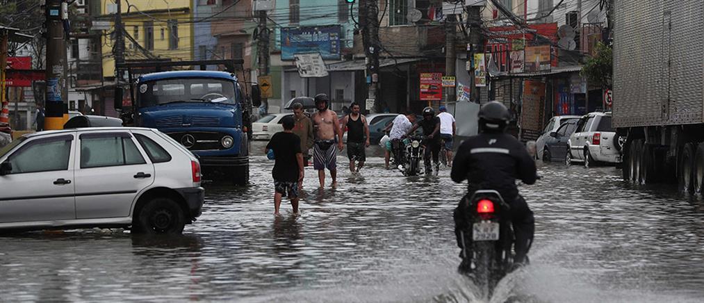 Φονικές πλημμύρες πλήττουν τη Βραζιλία (εικόνες)