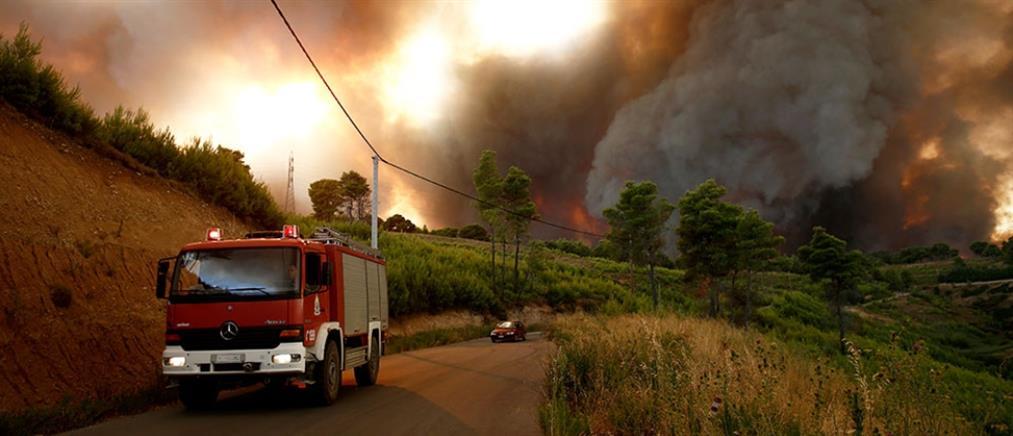 Φωτιές: η εικόνα από τα μεγάλα μέτωπα