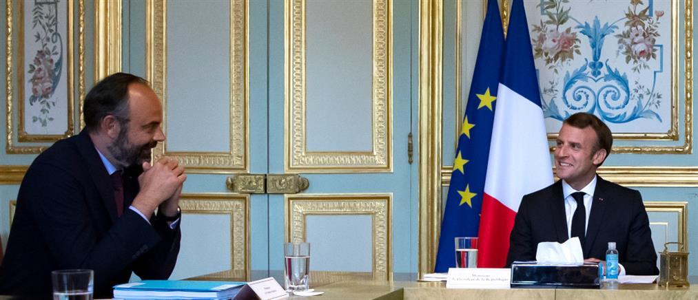 Γαλλία: Παραίτηση της κυβέρνησης