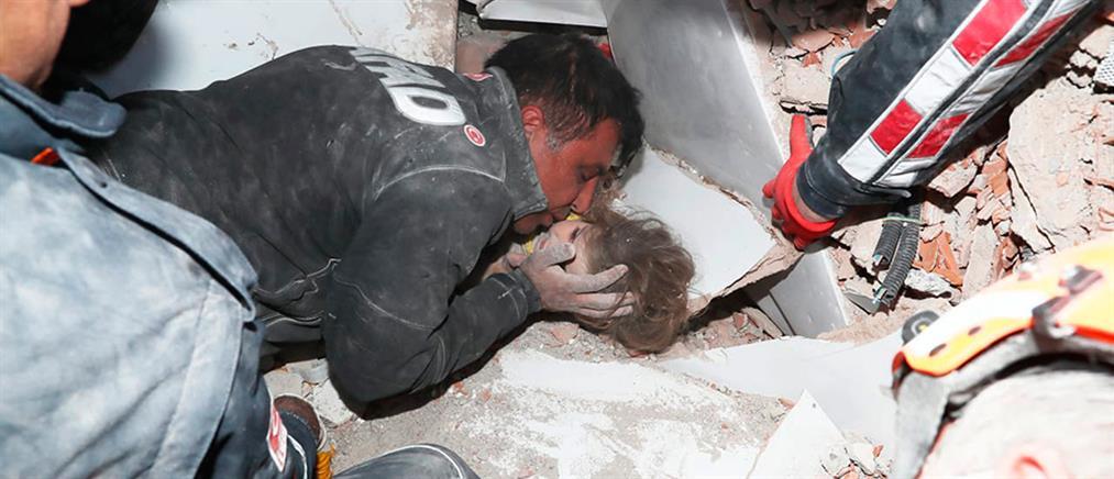 Τουρκία - Σεισμός: Διάσωση 4χρονης μετά από 91 ώρες (βίντεο)