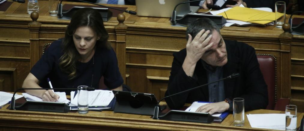 """Αχτσιόγλου - Τσακαλώτος: """"Πυρά"""" σε Πατέλη για το Ασφαλιστικό"""