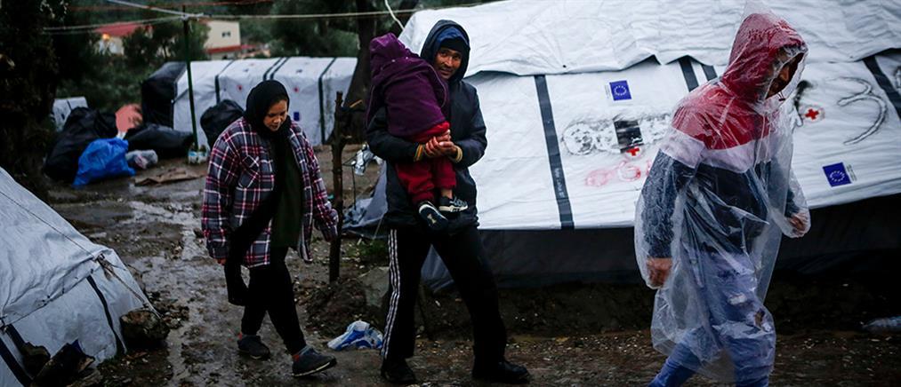 Προσαγωγές δεκάδων ασυνόδευτων στη Μυτιλήνη