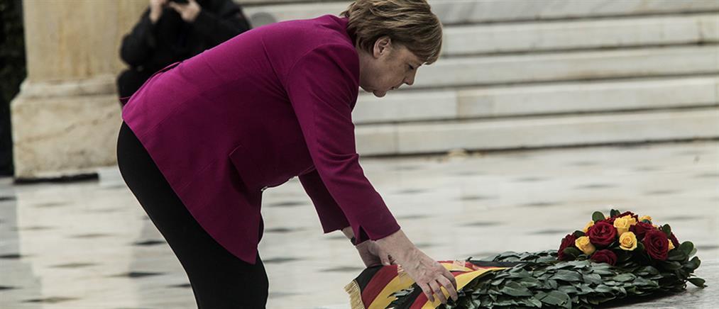 Κατάθεση στεφάνου από την Μέρκελ στο μνημείο του Άγνωστου Στρατιώτη (εικόνες)