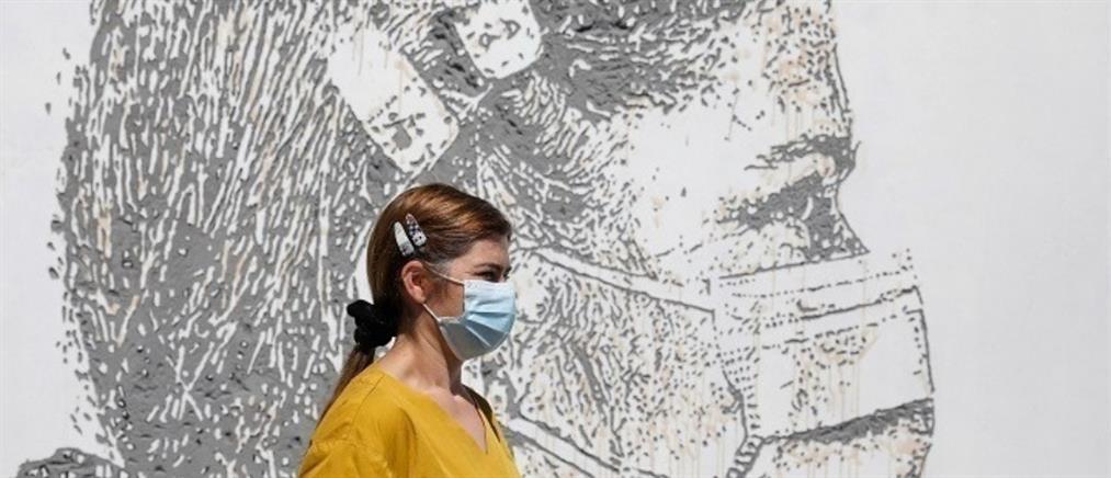 Λοιμωξιολόγοι: Τέλος η μάσκα σε εξωτερικούς χώρους και η απαγόρευση κυκλοφορίας