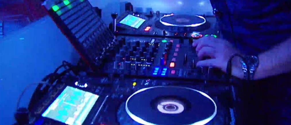 Έφοδος της ΕΛΑΣ σε κλαμπ: Για πρωτοφανή αστυνομική βία κάνει λόγο στον ΑΝΤ1 ο DJ  (βίντεο)