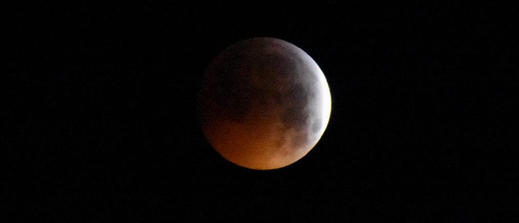 Μαγευτικό θέαμα: Πανσέληνος, υπερπανσέληνος και ολική έκλειψη Σελήνης