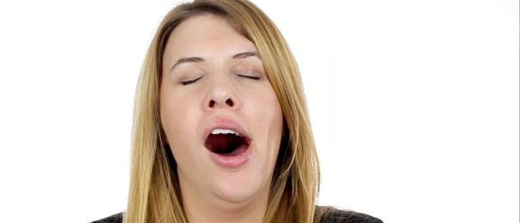 Γιατί το χασμουρητό είναι πιο κολλητικό στις γυναίκες