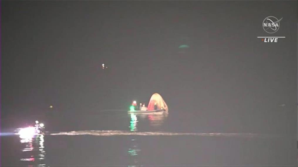 Επέστρεψε στη Γη διαστημική κάψουλα της SpaceX, από τον ISS