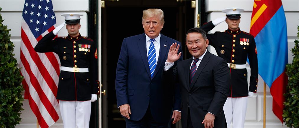 Ένα άλογο έκανε δώρο στον Τραμπ ο Πρόεδρος της Μογγολίας!