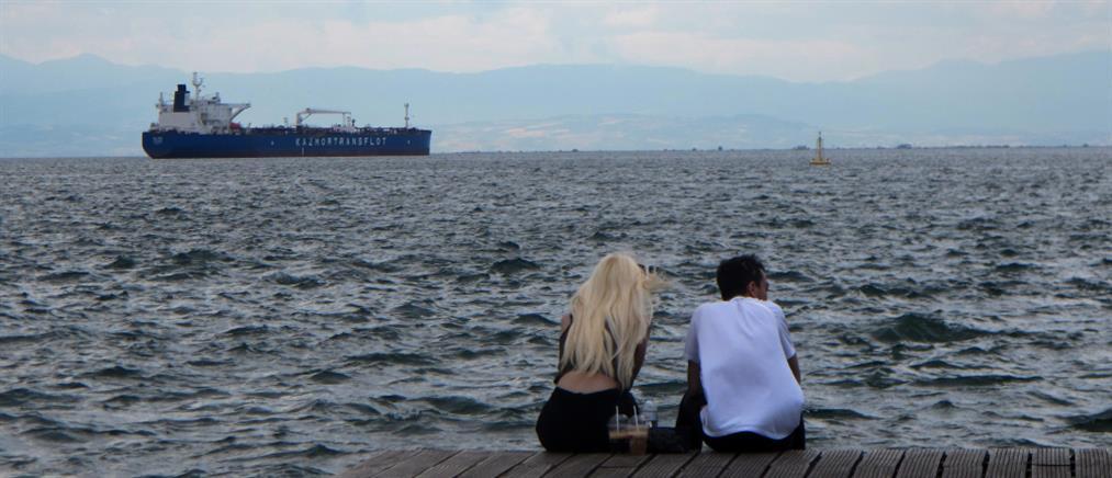 """Κορονοϊός - Θεσσαλονίκη: Τι """"δείχνουν"""" τα λύματα"""