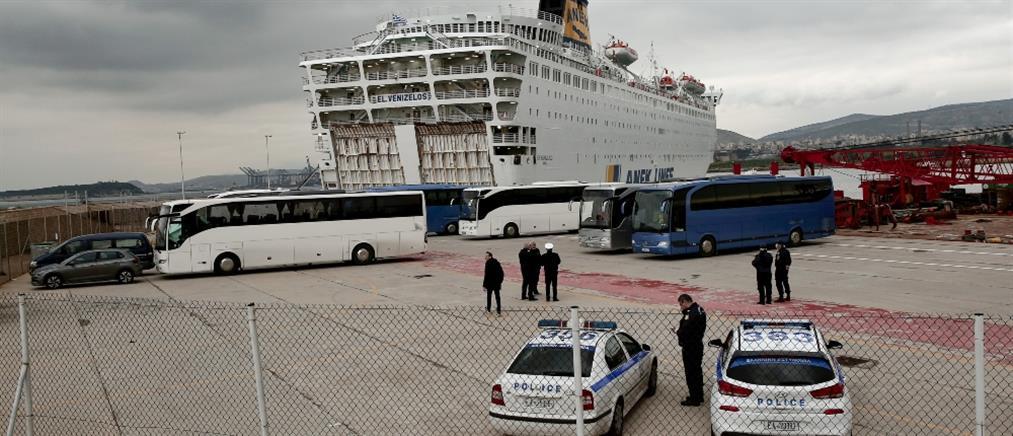 """Κορονοϊός: Σε καραντίνα στο πλοίο """"Ελευθέριος Βενιζέλος"""" όσοι βρέθηκαν θετικοί στον ιό"""