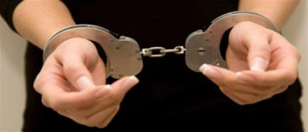Συνελήφθη 22χρονη για συμμετοχή σε κύκλωμα ηρωίνης