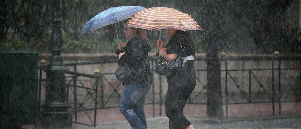 """Η """"Βικτώρια"""" συνεχίζεται με βροχές και καταιγίδες"""