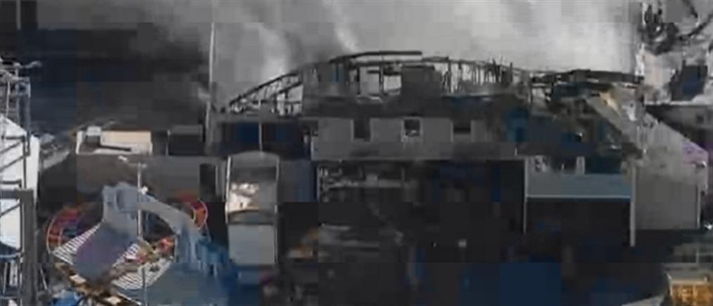 Λούνα παρκ παραδόθηκε στις φλόγες (εικόνες)