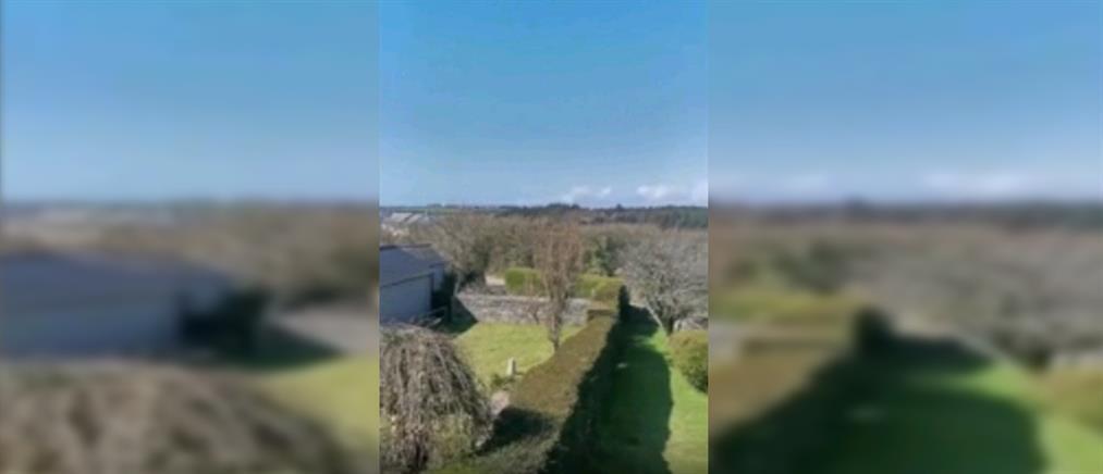 Το αεροπλάνο έπεσε, οι πιλότοι σώθηκαν (βίντεο)