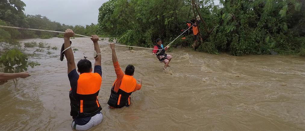 Φιλιππίνες: Φονικός τυφώνας σάρωσε το αρχιπέλαγος (εικόνες)