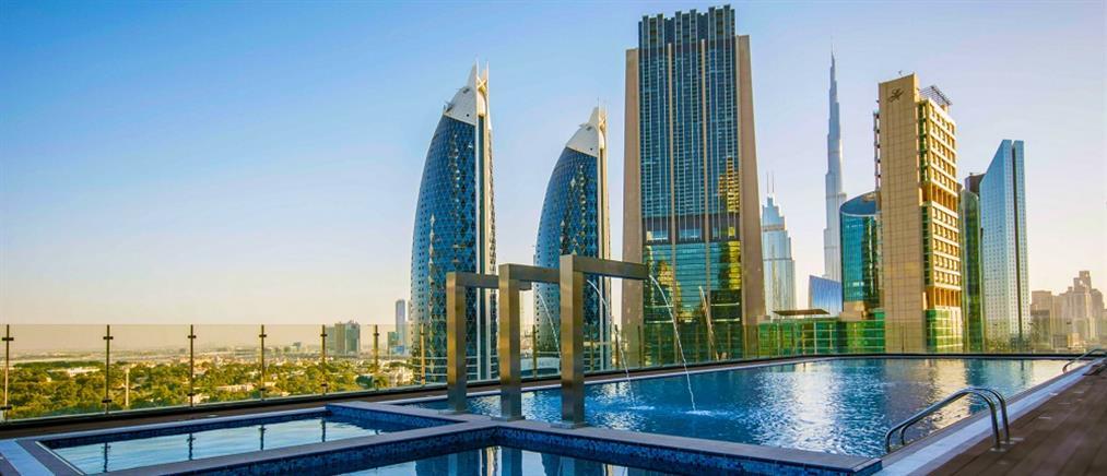 Άνοιξε τις πύλες του για το κοινό το ψηλότερο ξενοδοχείο στον κόσμο (βίντεο)