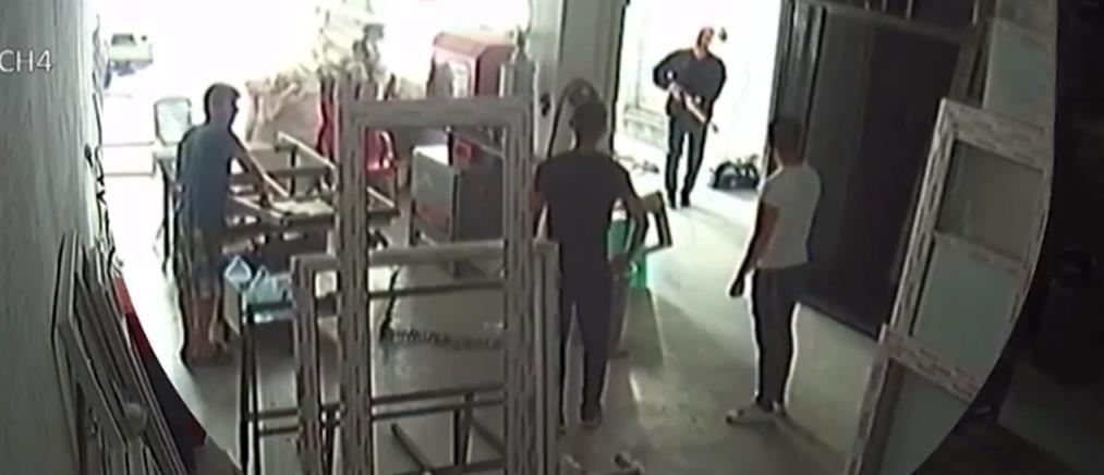 Πεθερός πυροβόλησε γαμπρό...επειδή το ζήτησε η κόρη του! (βίντεο)