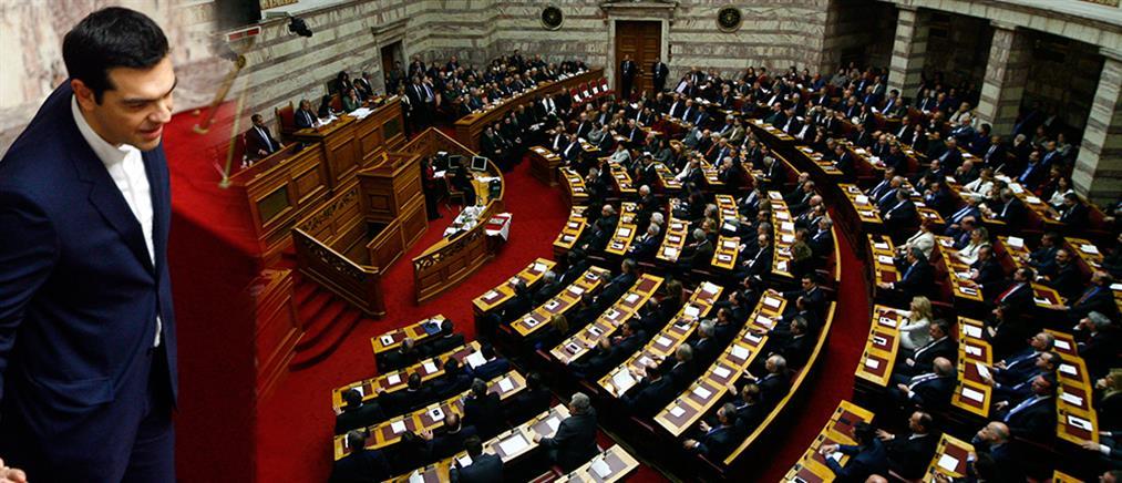 """""""Πυρ ομαδόν"""" κομμάτων κατά Τσίπρα για διαφάνεια και αξιολόγηση"""