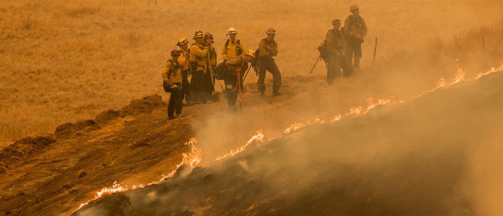 Καλιφόρνια: εκατοντάδες πυρκαγιές εν μέσω ιστορικού καύσωνα! (εικόνες)