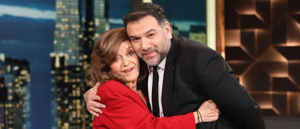 """""""The 2Night Show"""": η Τζένη Ζαχαροπούλου μιλά για την Αλίκη Βουγιουκλάκη και την μονάκριβη εγγονή της"""