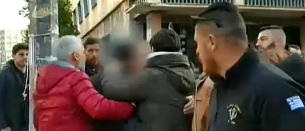 Ελεύθερος ο φανοποιός για τη φονική συμπλοκή στο Νέο Σούλι Αχαΐας (βίντεο)