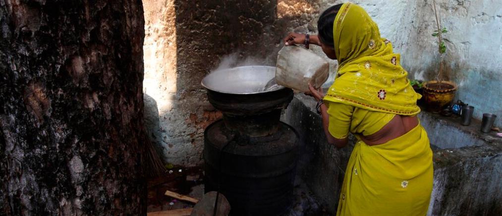 Ινδία: Δεκάδες θάνατοι από τοξικά ποτά