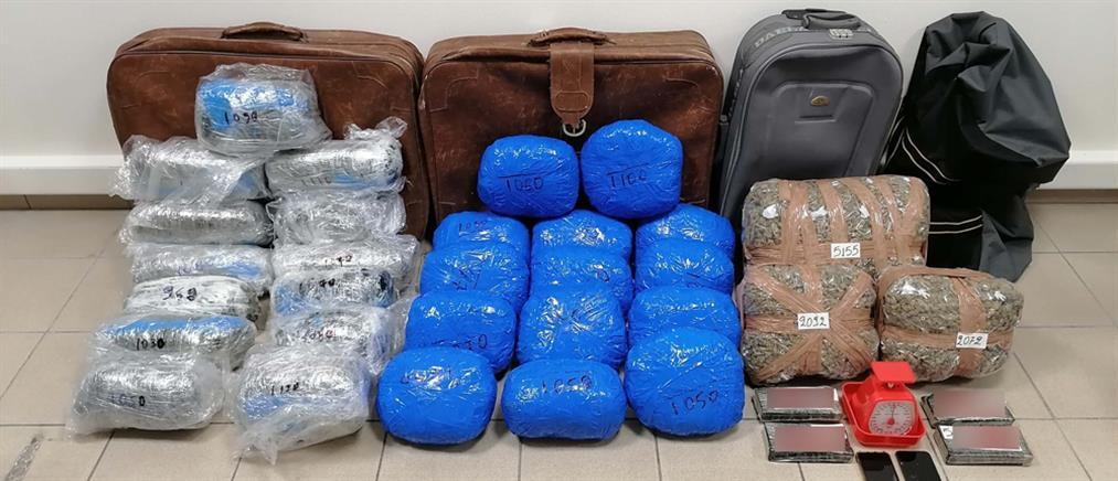 Κύκλωμα έφερνε ναρκωτικά από Τουρκία και Αλβανία (εικόνες)