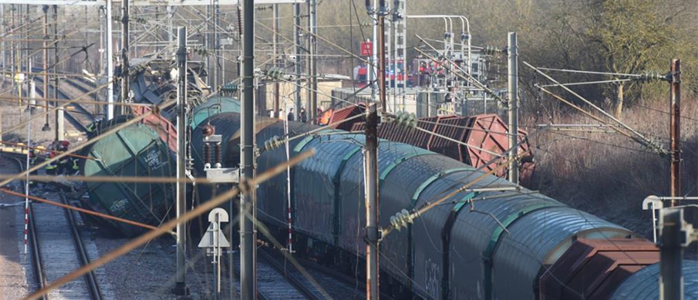 Σφοδρή σύγκρουση τρένων (φωτο)
