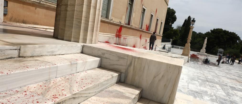 Βούτσης: αντιδημοκρατική η καταδρομική επίθεση στην Βουλή