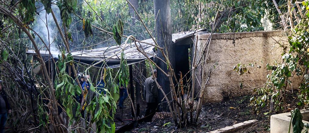 Ένας νεκρός από φωτιά σε αποθήκη στον Κολωνό