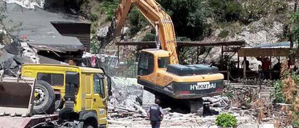To ΥΠΕΞ καταγγέλλει τα Τίρανα για τις κατεδαφίσεις στη Χειμάρρα