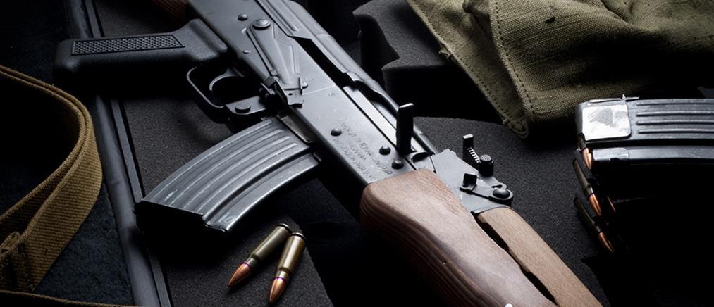 Συναγερμός στην ΕΛΑΣ: εντοπίστηκε καλάσνικοφ στον Βύρωνα