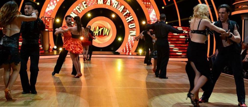 """""""Απρόοπτο"""" στο Dancing With The Stars – Θεατής """"όρμησε"""" στην σκηνή (βίντεο)"""
