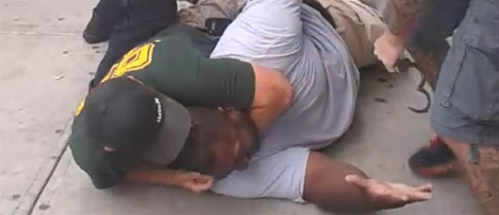 Mε 5 χρόνια καθυστέρηση απολύθηκε αστυνομικός που έπνιξε Αφροαμερικανό ύποπτο